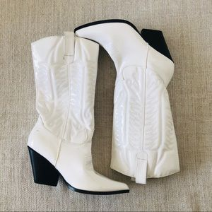 Heeled Cowgirl howdy calf boots